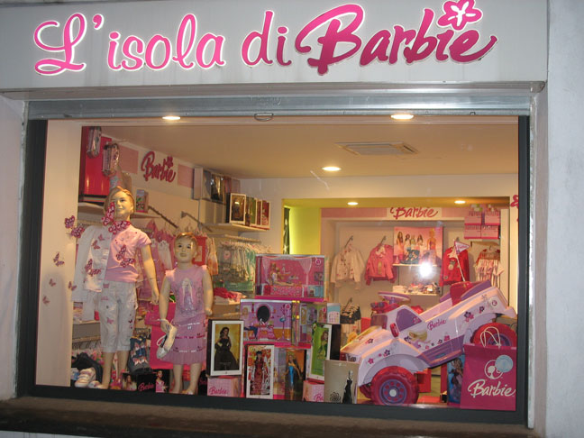 L 39 isola di barbie forio ischia barbie collezione for Accessori per la casa di barbie