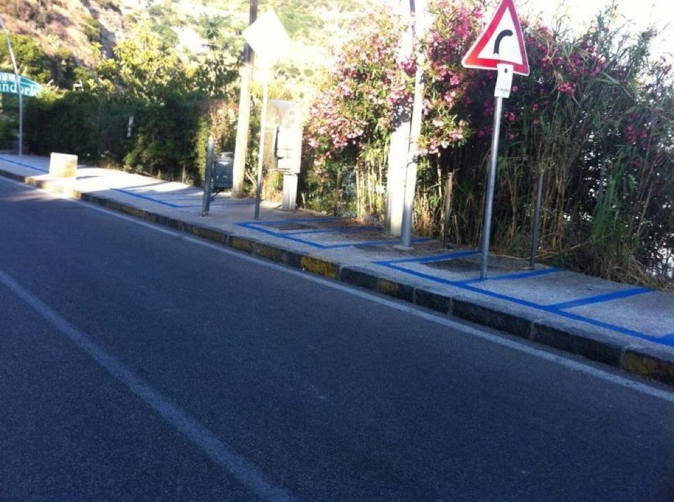 Illegali le strisce blu a barano - Art 79 codice della strada pneumatici diversi ...