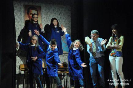 """Ischia, Premio Aenaria: sabato 1 ottobre la Compagnia teatrale """"Colpi di Scena"""" presenta """"Io speriamo che me la cavo"""""""