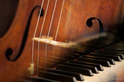 Ischia, ai Giardini La Mortella doppio concerto di violoncello e pianoforte al Week End in Musica
